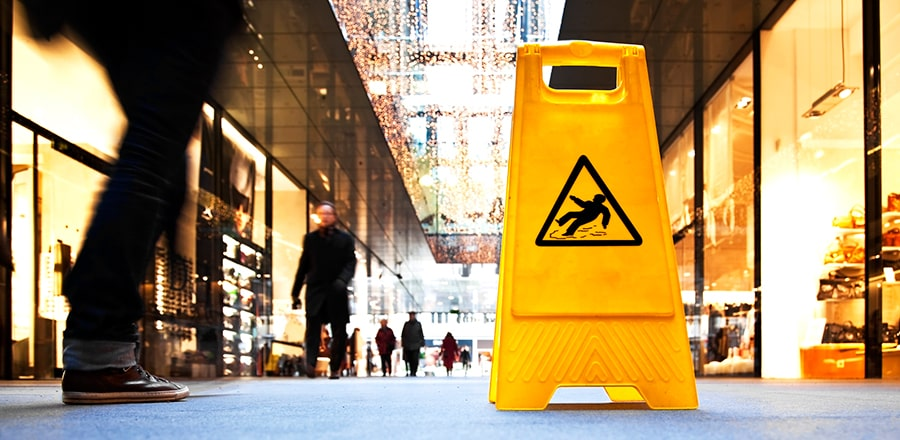 BENEFITS OF HIRING A SLIP AND FALL LAWYER